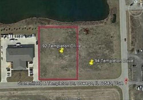 92 Templeton, Oswego, IL 60543