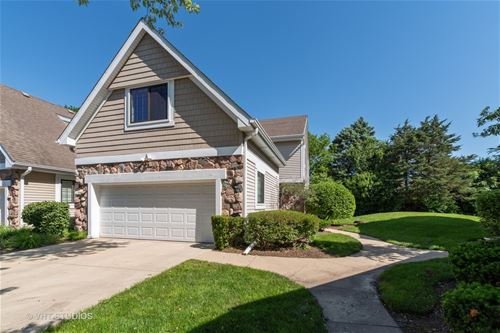 2532 Essex, Northbrook, IL 60062