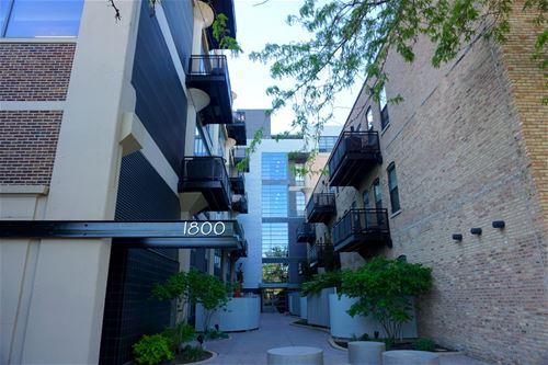 1800 W Grace Unit 424, Chicago, IL 60613 Northcenter