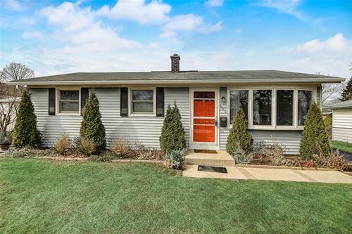 606 Manor, Grayslake, IL 60030
