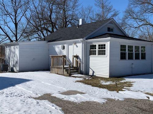 5 Oak, Port Barrington, IL 60010