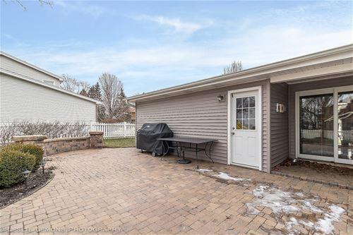 23W326 Woodcrest, Naperville, IL 60540