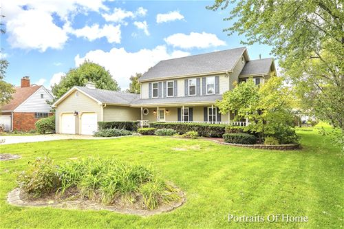 404 W Ardmore, Roselle, IL 60172