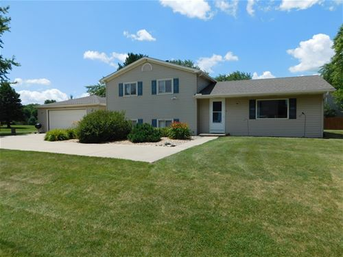 726 Myrtle, Lake Holiday, IL 60548
