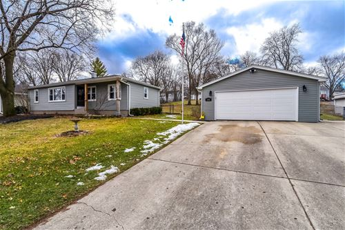 1211 Burr, Lake In The Hills, IL 60156