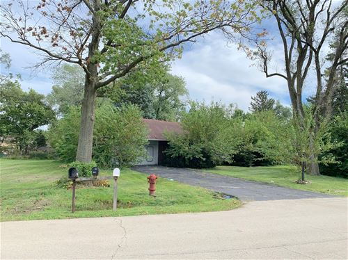 5821 S Edgewood, La Grange Highlands, IL 60525