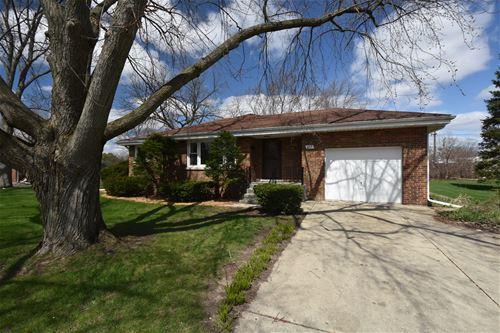 833 Parkside, Wheaton, IL 60187