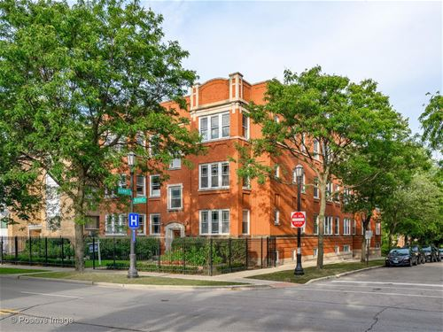 201 Ridge Unit 202, Evanston, IL 60202