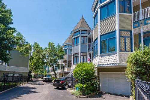 3350 N Racine, Chicago, IL 60657 West Lakeview