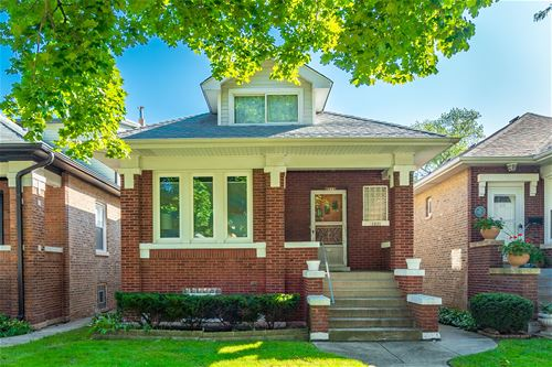 4821 N Lowell, Chicago, IL 60630 North Mayfair
