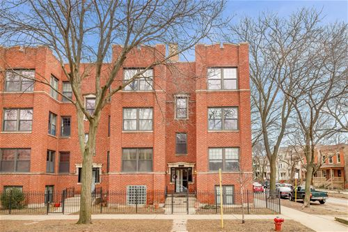 4701 N Campbell Unit 3, Chicago, IL 60625