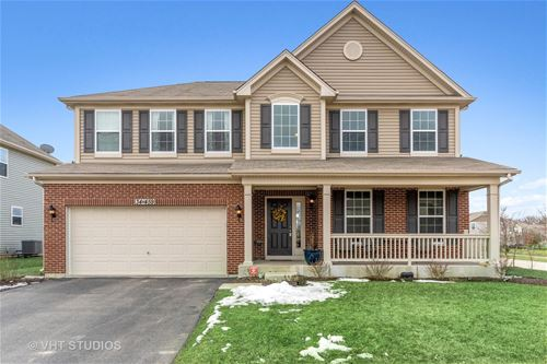 34W459 Valley, St. Charles, IL 60174