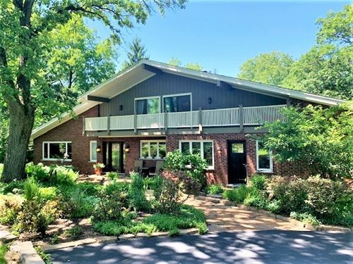 35W020 Chateau, Dundee, IL 60118