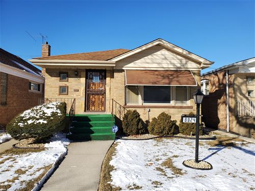 8824 S Cornell, Chicago, IL 60617 Calumet Heights