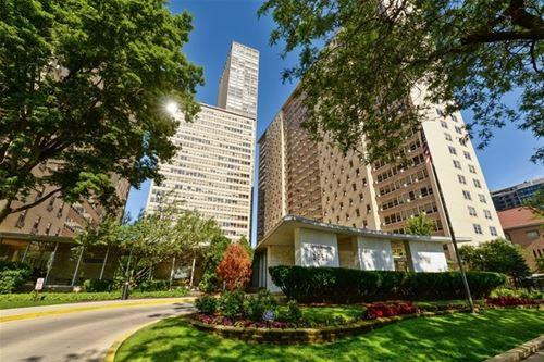 3950 N Lake Shore Unit 1725, Chicago, IL 60613 Lakeview
