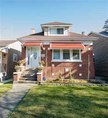 4839 N Meade, Chicago, IL 60630