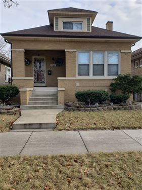 7543 S Cregier, Chicago, IL 60649 South Shore