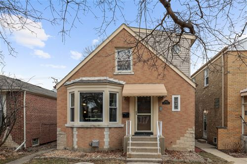 2832 W Jerome, Chicago, IL 60645 West Ridge