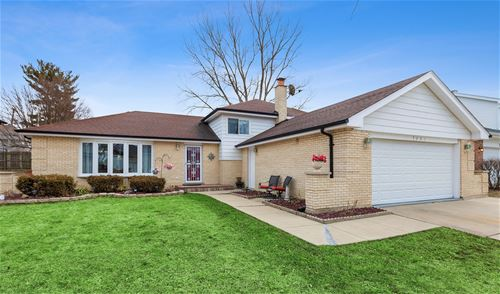 7201 Kidwell, Downers Grove, IL 60516