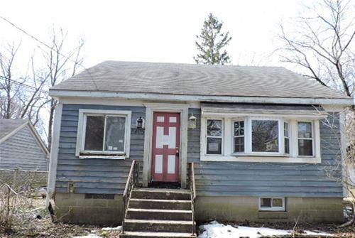8405 Hickory Nut Grove, Cary, IL 60013