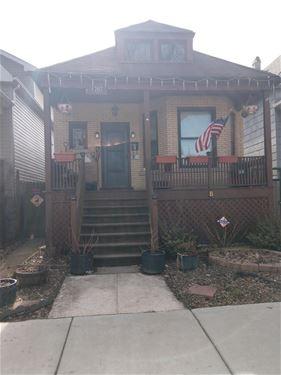 3707 W Sunnyside, Chicago, IL 60625 Albany Park