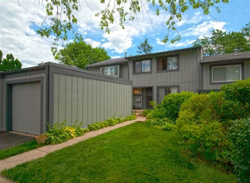 491 Conway Bay, Roselle, IL 60172