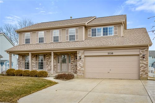 1139 Buckingham, Carol Stream, IL 60188