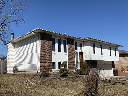 444 Falcon Ridge, Bolingbrook, IL 60440