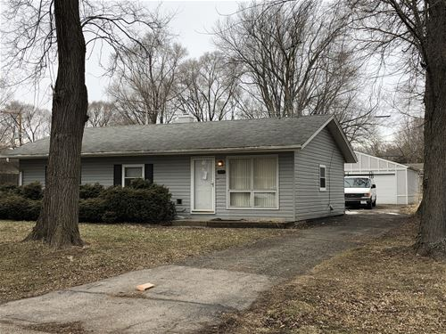 4902 Drive In, Crystal Lake, IL 60014