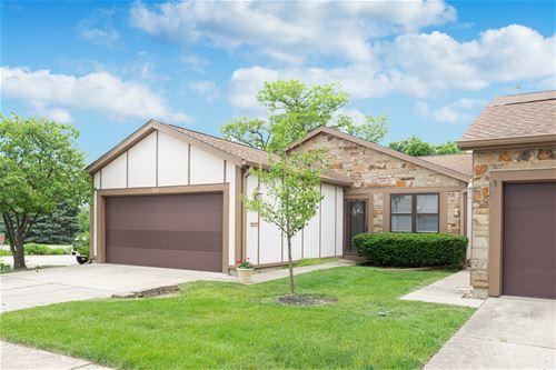 946 Wheaton Oaks, Wheaton, IL 60187