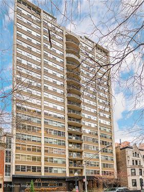 40 E Cedar Unit 9D, Chicago, IL 60611 Gold Coast