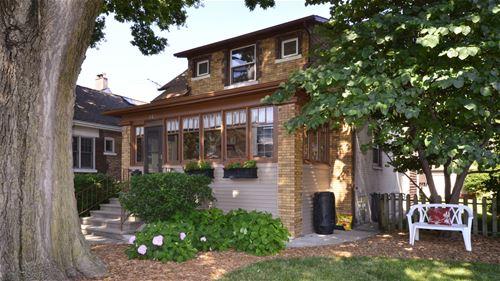 612 Thomas, Forest Park, IL 60130