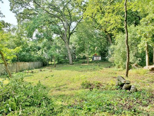231 Indian, Lake In The Hills, IL 60156