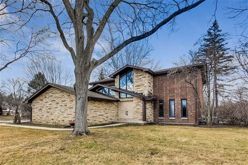 765 Sunrise, Green Oaks, IL 60048