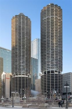 300 N State Unit 2512, Chicago, IL 60654 River North