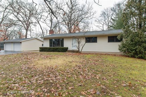 708 Hickory, Woodstock, IL 60098