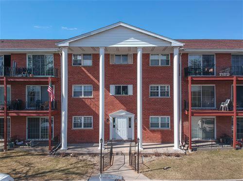 6135 W 94th Unit A2, Oak Lawn, IL 60453