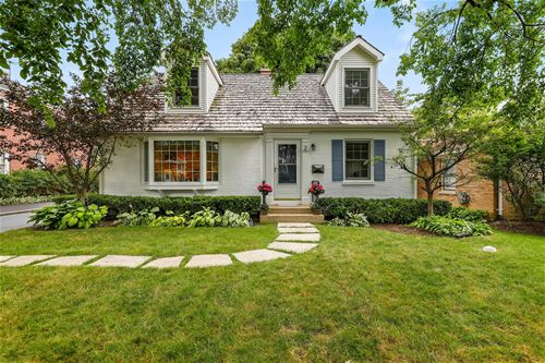 2 N June, Lake Forest, IL 60045
