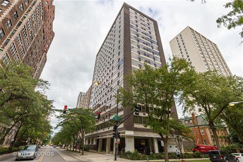 360 W Wellington Unit 16E, Chicago, IL 60657