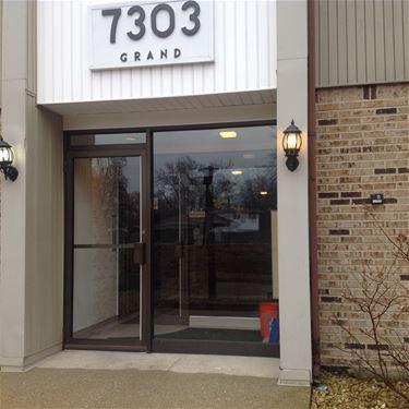 7303 Grand Unit 102, Downers Grove, IL 60516