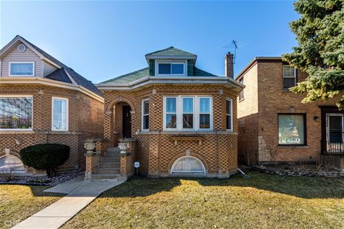 6166 N Nagle, Chicago, IL 60646 Norwood Park