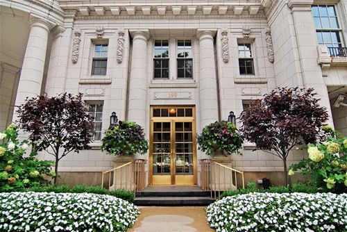 199 E Lake Shore Unit PH10W, Chicago, IL 60611 Streeterville