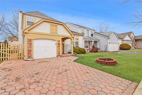 839 Crossland, Grayslake, IL 60030
