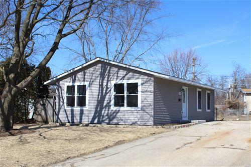 927 Berkley, Carpentersville, IL 60110