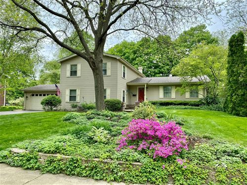 531 Tyler, St. Charles, IL 60174