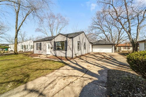 9 Girard, Joliet, IL 60433