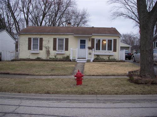 319 Rosewood, Buffalo Grove, IL 60089