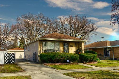 527 Morris, Bellwood, IL 60104
