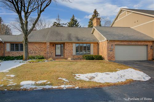 83 Country Club, Bloomingdale, IL 60108