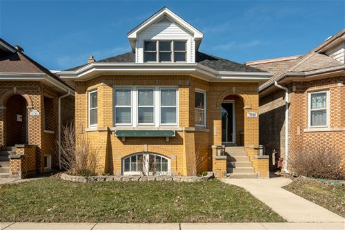 5736 N Mobile, Chicago, IL 60646 Norwood Park